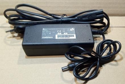 12V, 3,33A, adapter