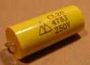 4,7uF, 250V, kondenzátor