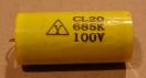 6,8uF, 100V, kondenzátor