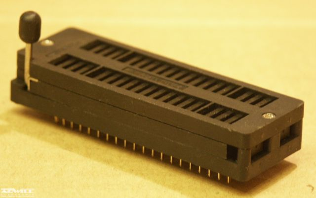 Karos IC foglalat, DIP-40