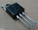 BD240C, tranzisztor