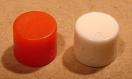Nyomógomb működtető kupak