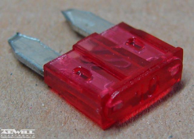 10A, késes mini biztosíték