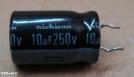 10uF, 250V, elektrolit kondenzátor