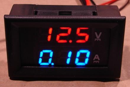 0-100V, 0-10A, ledes iker alapműszer