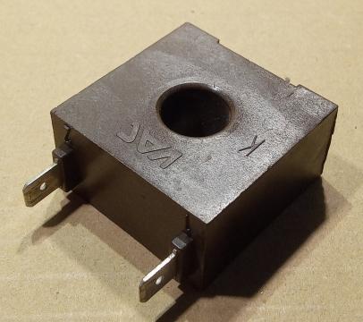 VAC 4655X001, áramváltó