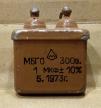 1uF, 300V, kondenzátor